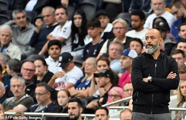 Manager Nuno Espirito Santo used Kane in an attacking midfield role, with Son playing No.