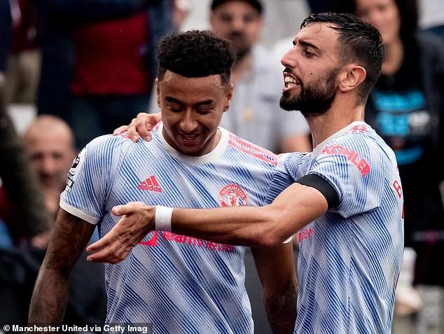 Bruno Fernandes sent a message congratulating Jesse Lingard (left) on his late winning goal