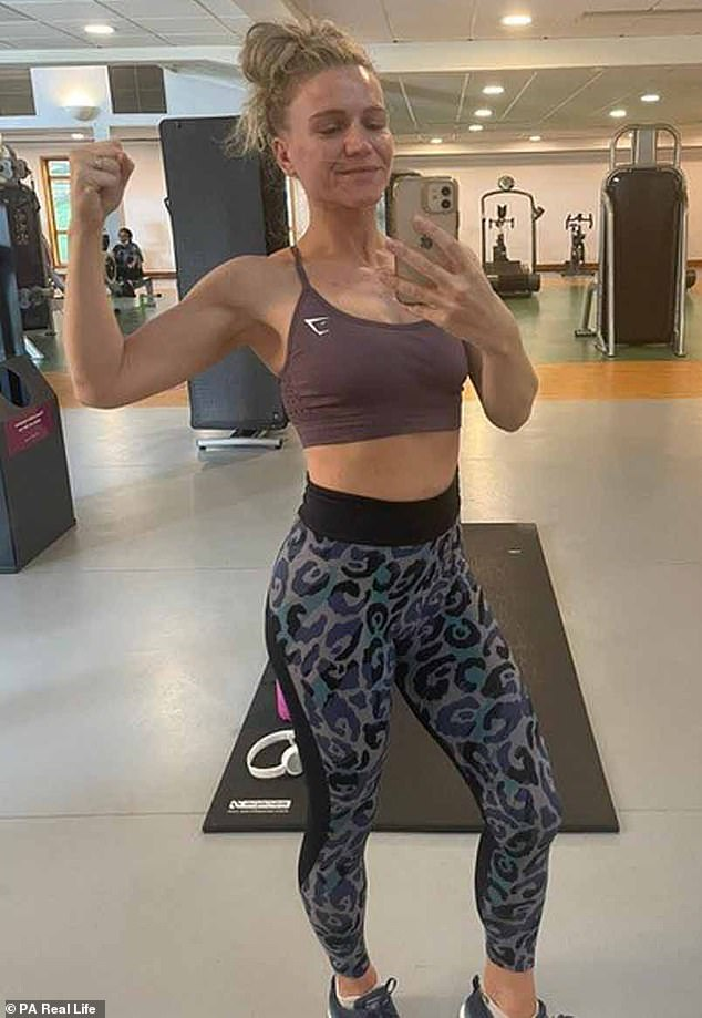 Jenny, shown here after losing five stones, was unable to exercise at the gym after giving birth due to the lockdown, so she started doing 10-15 minute HIIT workouts instead.