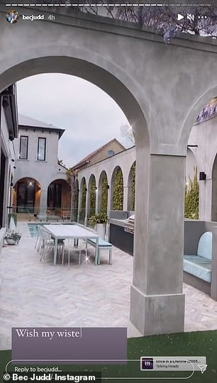 Amazing!In the footage, the businesswoman and influencer flashed the camera around the pristine garden, showing off the impressive arches, large seating area and perfectly trimmed hedges