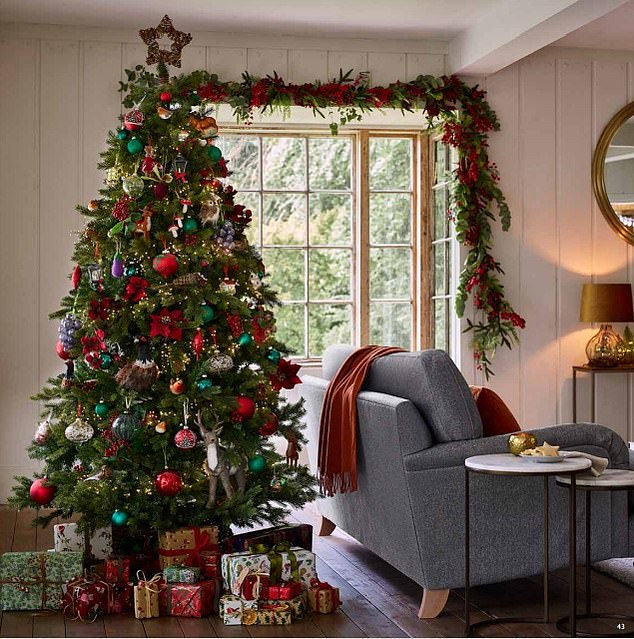 The festive field trend draws on the rustic landscape and is bursting with hedgerow fauna and domestic produce