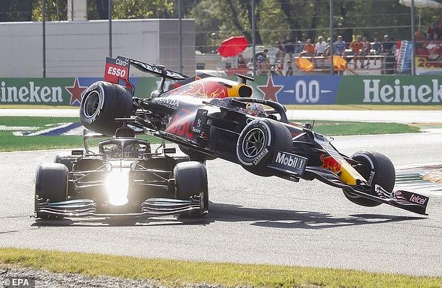 Daniel Ricciardo defends Max Verstappen's actions after Lewis Hamilton crash