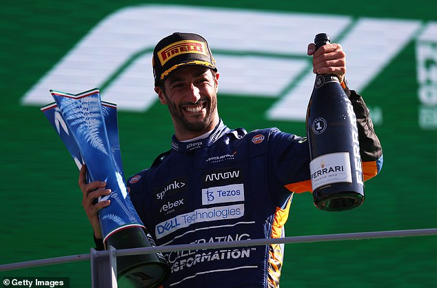 Ricciardo believes Verstappen would have checked on Hamilton if he had known he was injured