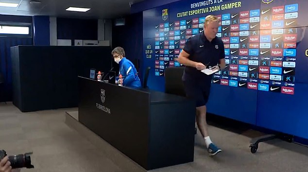After reading his statement, Ronald Koeman left without questions from the media.