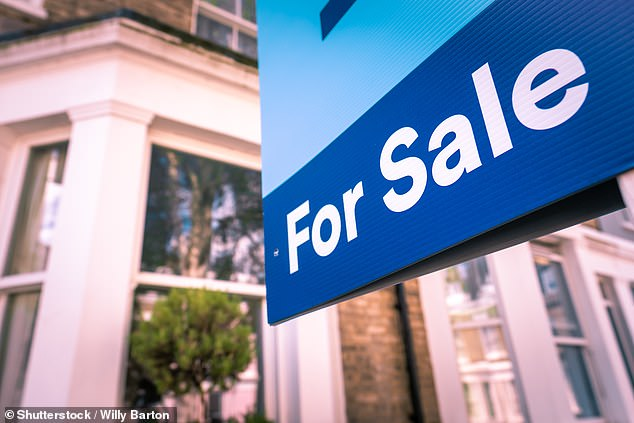 Between 2008 and 2010, the number of home-buying loans written off for home buyers decreased from 103,990 to 49,400.