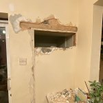 Couple find HIDDEN ROOM behind a wall in their house - and turn it into a bar area for just £45💥👩💥💥👩💥