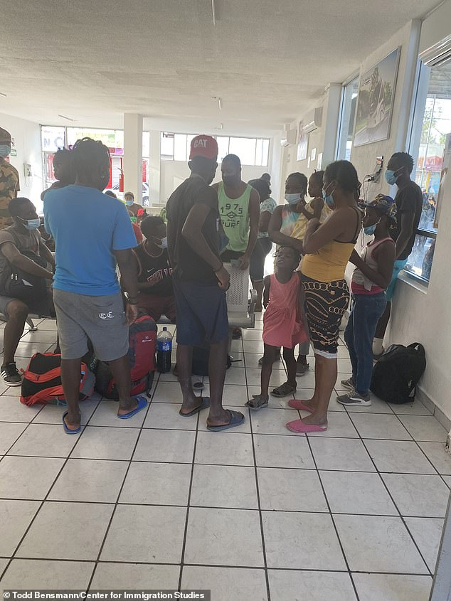Thousands of Haitian migrants have been seen purchasing tickets at the Ciudad Acuna bus station in the past two days and say they plan to disappear