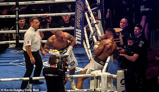 Usyak had Joshua on the ropes in the last second of the 12th round of the heavyweight bout