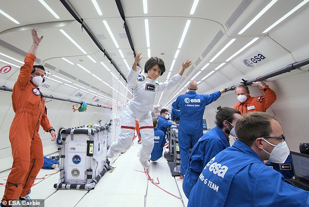 A Barbie doll designed to look like European Space Agency astronaut Samantha Cristoforetti, has been sent on a zero-gravity flight