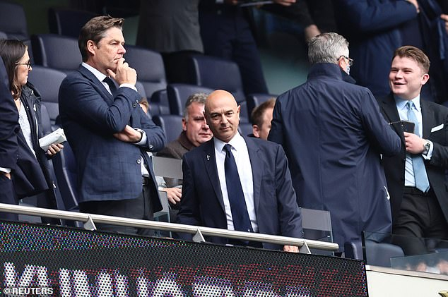 Athletic Claims president Daniel Levy (front) negotiates clauses in Nuno's contract