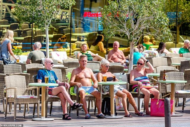 Today, holidaymakers were taking advantage of the Spanish sunshine and temperatures expected to peak at 25 degrees Celsius this week