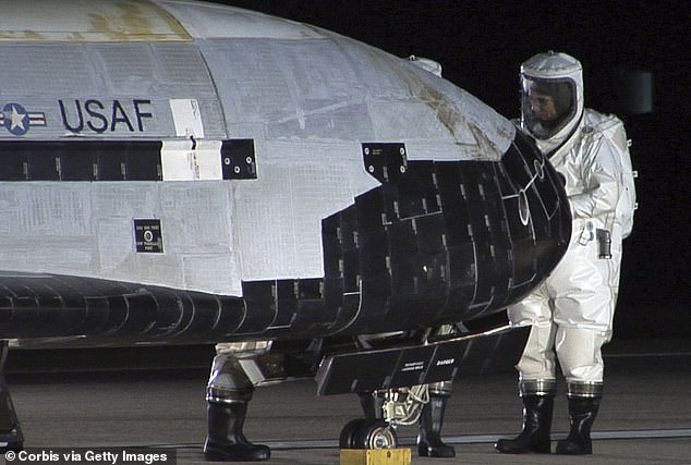 The US Air Force's secret X-37B space plane has passed 500 days flying around the Earth