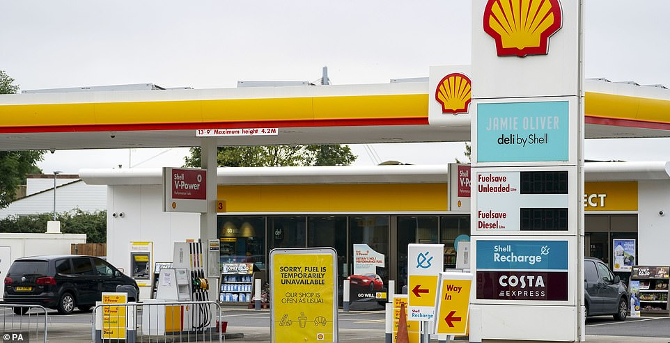 No fuel at this Shell in Reading as the petrol crisis continues two weeks on with shortages now mainly in the south and London
