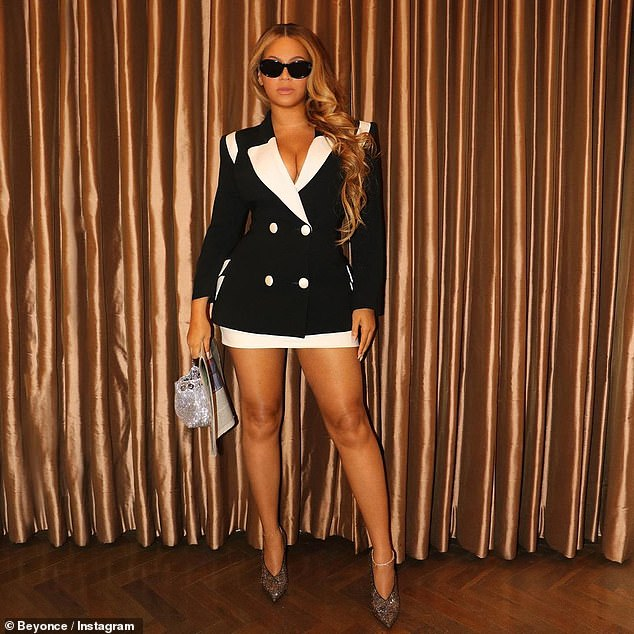 , Beyonce puts on a VERY busty display in low-cut halter gown in stunning snaps posted on Instagram, The Today News USA