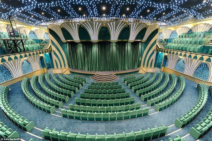 TheMSC Magnifica's magnificent theatre. The ship also boasts a 4D cinema