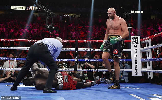 Both fighters hit the deck during an enthralling contest but it was Fury who claimed the win