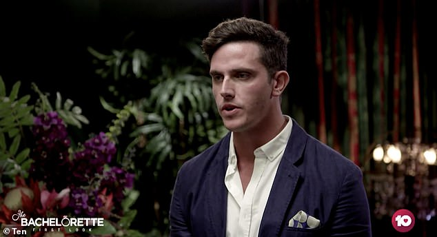 There he is! Kurt is seen in an extended trailer for the upcoming dating series