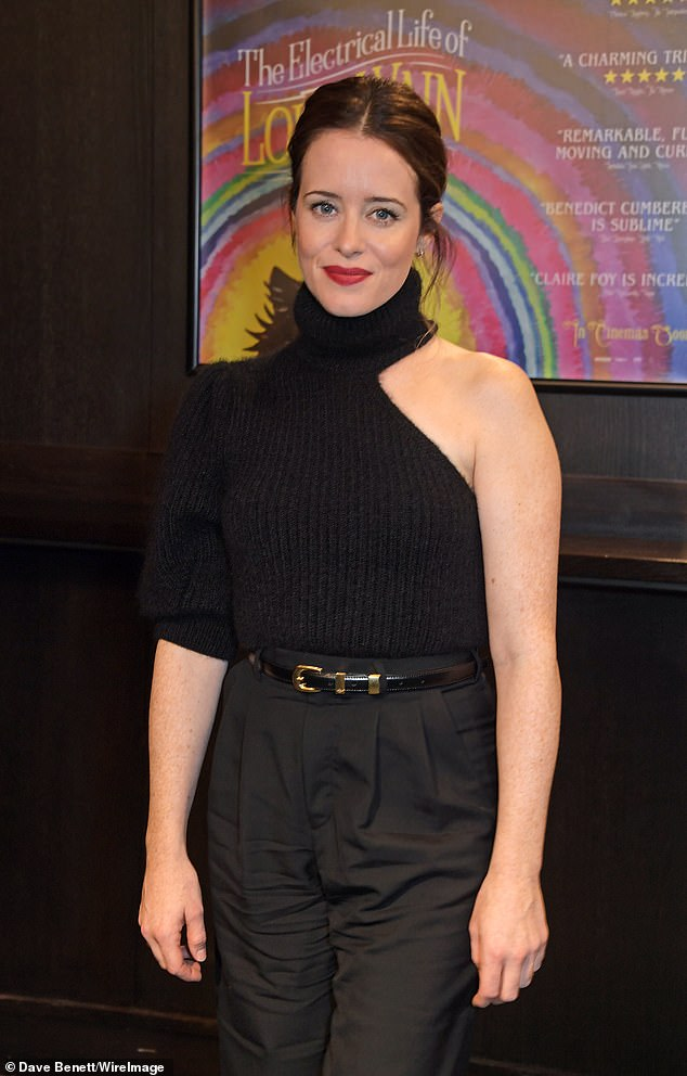 Gorgeous: The actress cut a stylish figure dressed all in black, teaming a knitted a one-sleeved top with tapered trousers