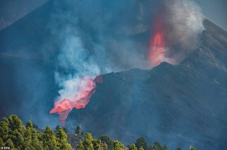 It led to the formation of a new lava stream which followed a similar path down the volcano's ridge toward the western shore of the island to the ocean