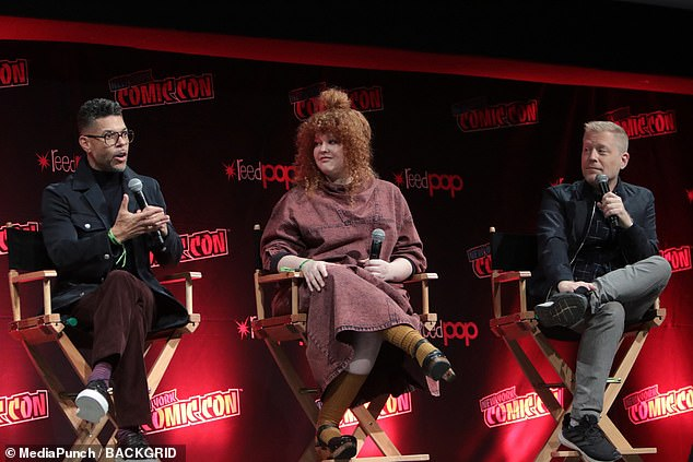 Anomaly:The trailer that debuted during the panel featured a mysterious 'anomaly,' which Anthony Rapp discussed in regards to his character Stamets