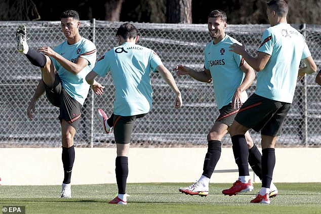 Jota was out of group training during the break and missed Portugal's session on Sunday
