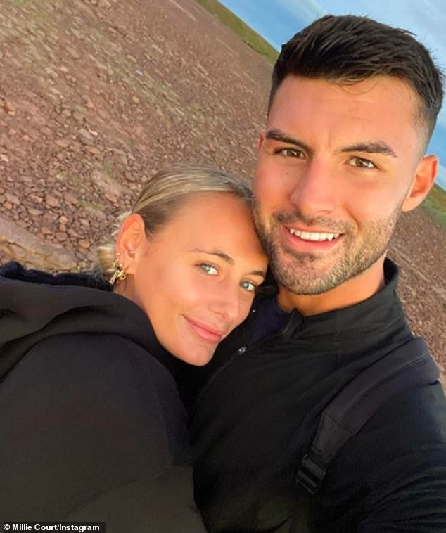 beautiful couple!  The reality star won Love Island of 2021 with her boyfriend Liam Reardon.  The pair is taking their relationship forward and looking for flats so they can move in together