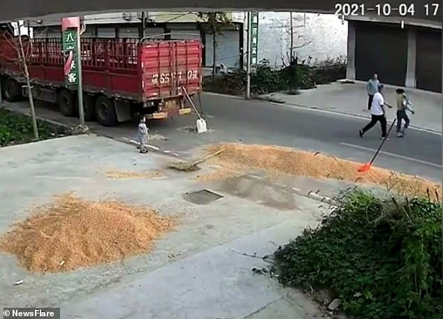 , Moment boy is run over by harvester in front of shocked parents but escapes with cuts and bruises, Nzuchi Times National News