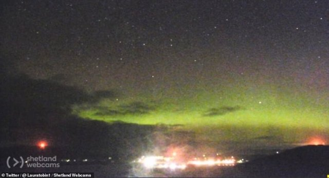 Jeanine Holovatic, self-made aurora chaser of Northern Escape Photography, tweeted,  Photo: Northern Lights as seen from Sambraghead, on Scottish mainland.