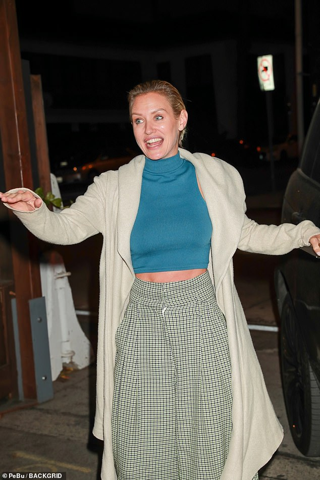 , Nicky Whelan flashes her abs as she and boyfriend Frank Grillo have dinner at Craig's in Los Angeles, The Today News USA