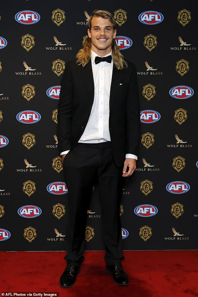 , AFL's Bailey Smith was offered '$50,000' to sleep with someone after fake nude photo leak, The Habari News