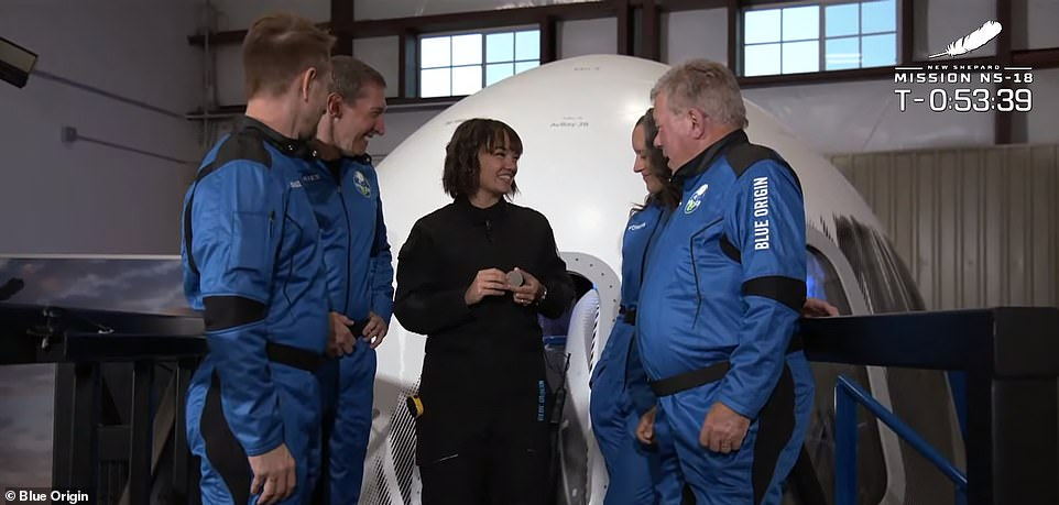 , William Shatner and three others are set to launch 62 miles above Earth on Blue Origin's New Shepard, Nzuchi Times National News