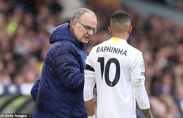 Marcelo Bielsa (left) admits it will be a tight turnaround but insists the winger has options