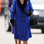 Royal blue! Queen arrives for Champions Day at Ascot 💥👩💥