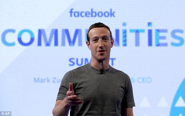 Los extremistas han utilizado con frecuencia sitios de redes sociales como Facebook (imagen de archivo del fundador de Facebook Mark Zuckerberg), Twitter y YouTube con fines de propaganda.