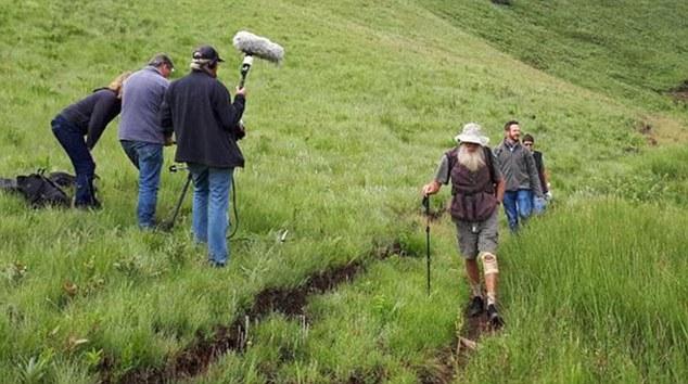 El productor de Big Banana Films Robin Matthews, quien publicó la fotografía de la pareja que está siendo filmada en las montañas, fue una de las últimas en verlos vivos
