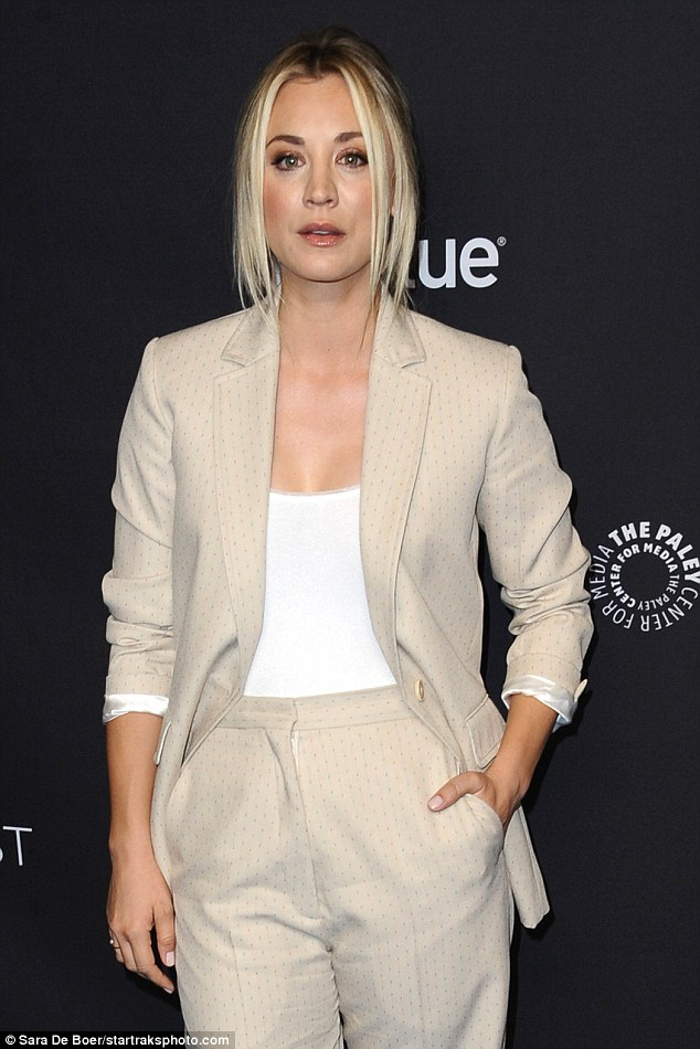 Kaley Cuoco Wows In An Off White Suit For Big Bang Theory