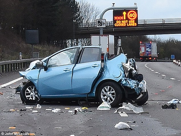 The scene of a horror crash on an unlit stretch of the M25 in the early hours of Tuesday 29 March 2016
