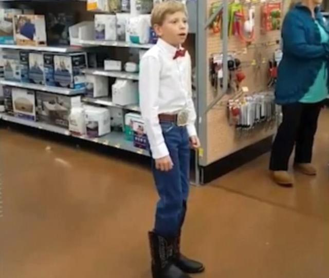 Mason Ramsey From Golconda Illinois Has Gone Viral After Being Filmed Yodelling At