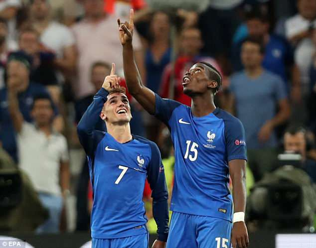 Pogba and Griezmann are close friends from their time together with the France national team