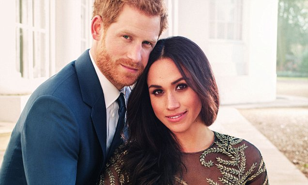 Prince Harry's friends to choose between him and Old Etonian wedding