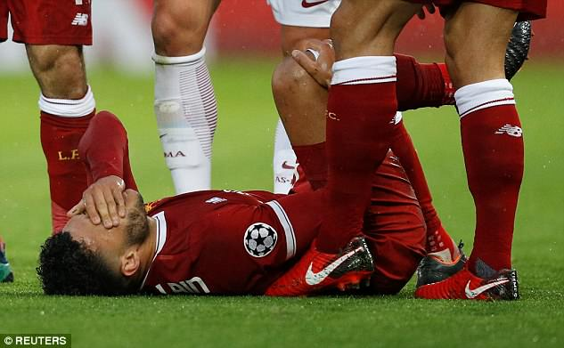 Alex Oxlade-Chamberlain has sustained knee ligament damage and will miss the World Cup