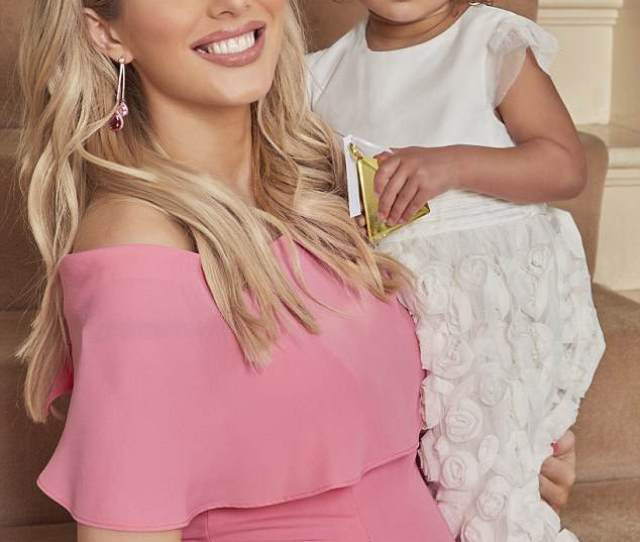 Exciting Times Helen Flanagan Has Now Revealed The Sex Of Her Unborn Baby To Ok