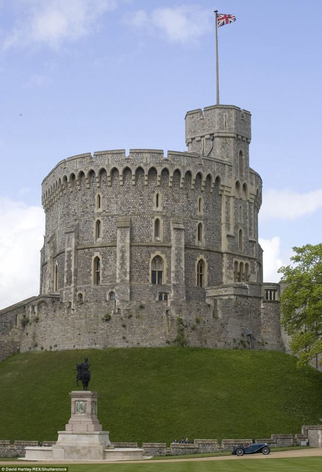 Guests will be arriving at the Round Tower at Windsor Castle by coach and will be seen walking to the South Door of St George's Chapel from 9.30am