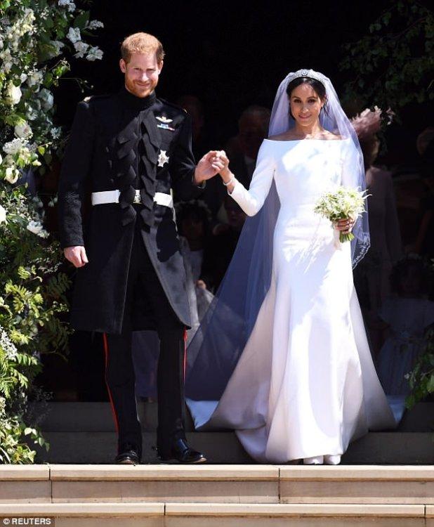 El príncipe Harry y Meghan han puesto su luna de miel en espera, mientras se preparan para su primer compromiso como marido y mujer el martes
