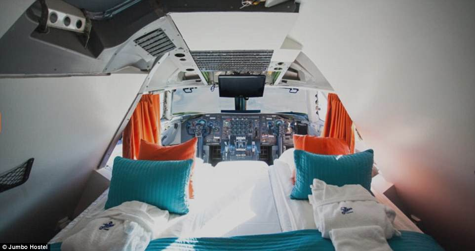 The aircraft was purchased in 2006 and all 450 seats were taken out to install dormitory-style quarters. There are also a number of private rooms. In total there are 76 rooms, with one of the ensuite bedrooms in the cockpit