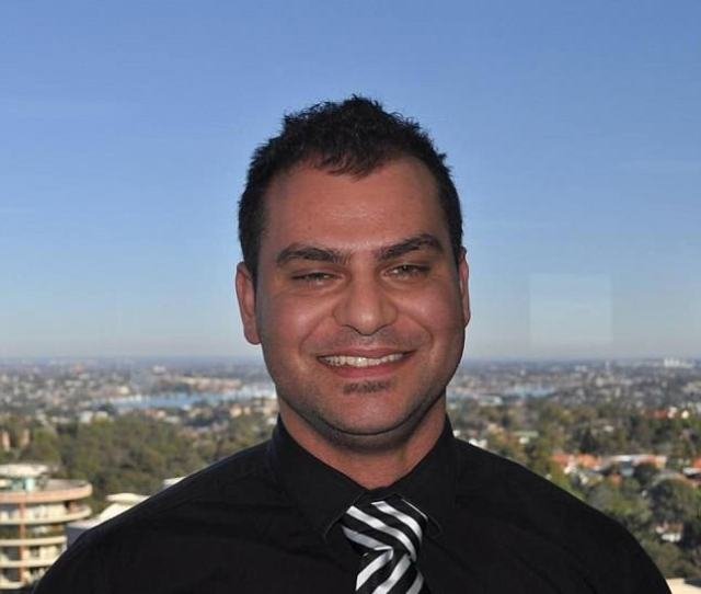 Mortgage Broker Andrew Strogylos  For A Platinum Service At