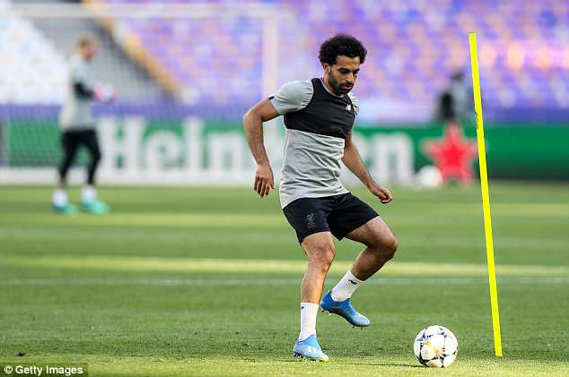 Salah and Co then switched their attentions to ball-related exercises to finish off the session