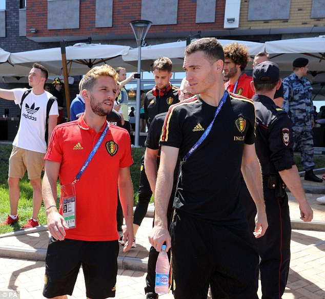 Dries Mertens and Thomas Vermaelen chat as they take their minds off the England game