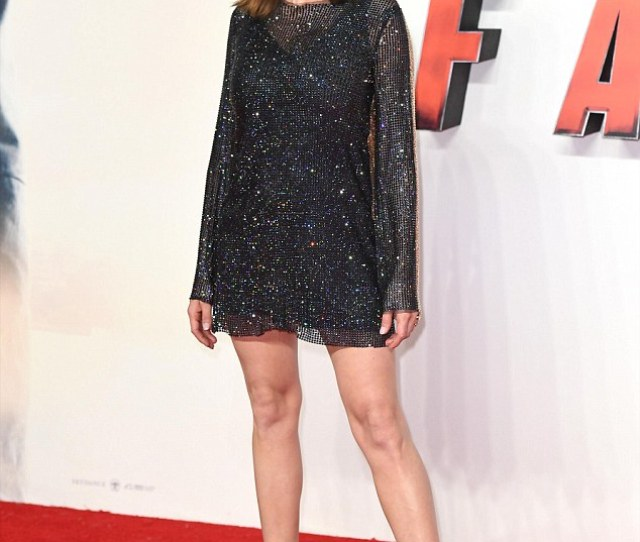 Glitter Rebecca Ferguson Dazzled As She Stepped Out At The Uk Premiere Of Mission