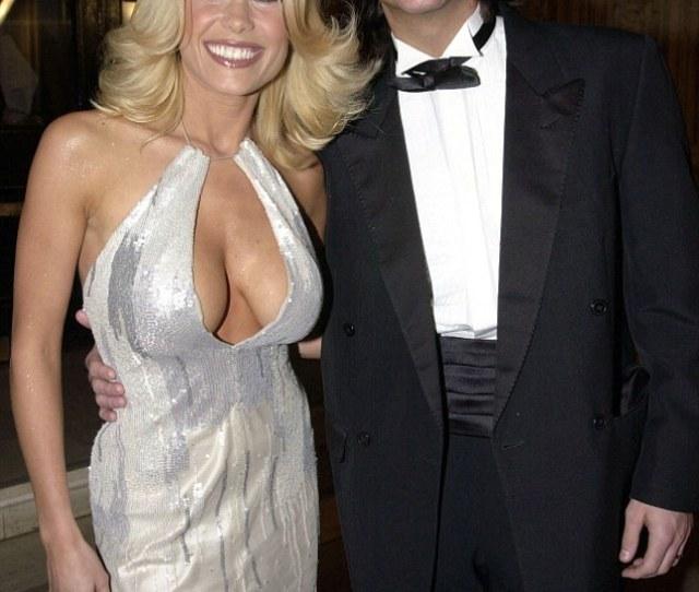 Melinda Messenger Pictured With Former Husband Wayne Roberts At The National Television Awards 2000